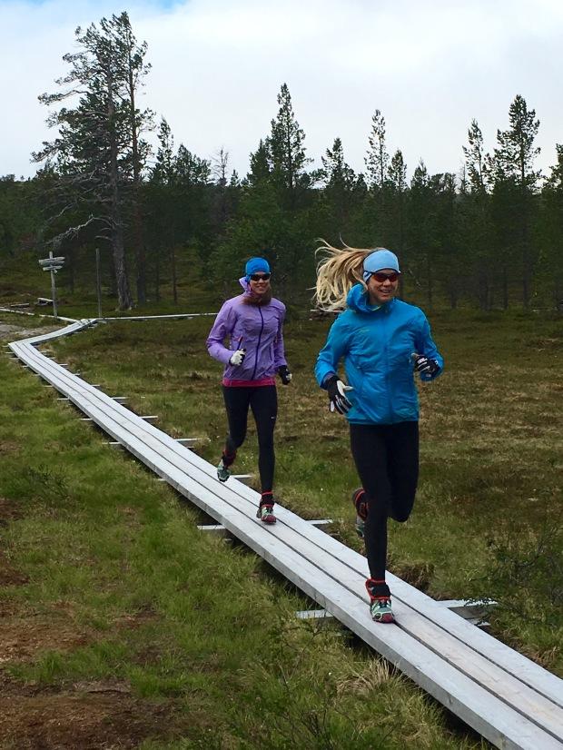 Vår ambition med träningen är att kunna klara av utmaningen med så mycket njutning och lite skador som möjligt.